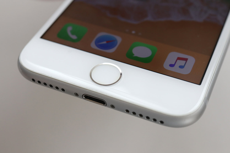 iPhone 7 ホームボタン