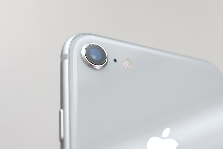iPhone 8 背面カメラ